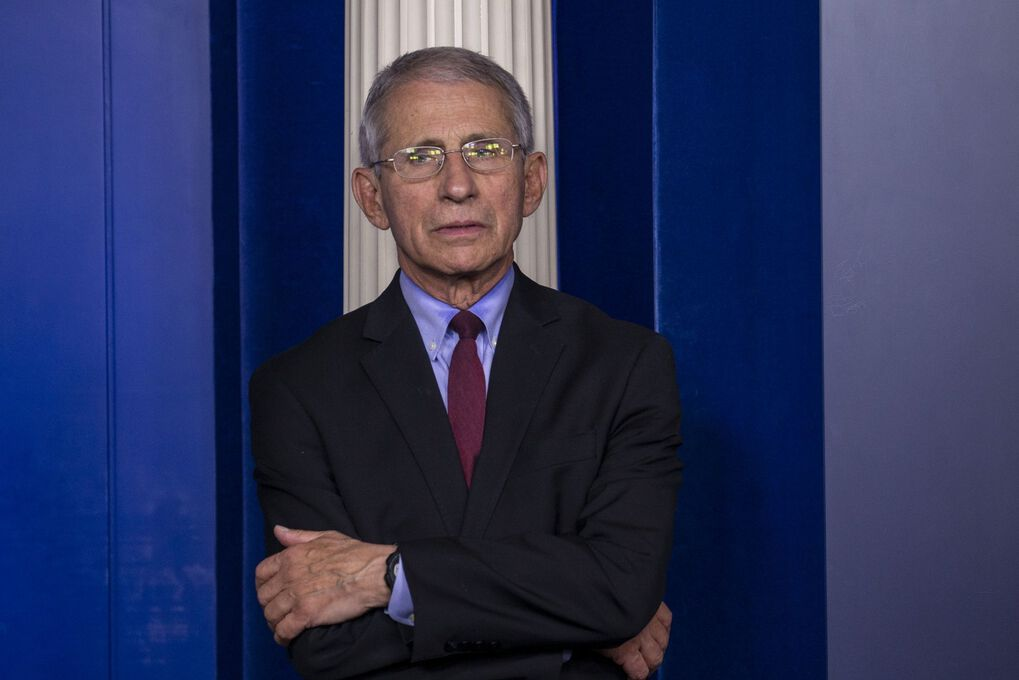 Anthony Fauci, director of the National Institute of Allergy and Infectious Diseases, listens during a Coronavirus Task Force news conference at the White House in Washington, D.C., U.S., on Saturday, April 4, 2020. (Bloomberg)
