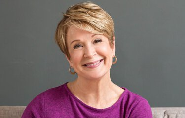 Margaret Larson, host of KING 5's 'New Day Northwest,' to retire.