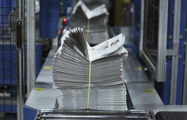 Bundles of Chicago Tribune newspaper come off the press at the Chicago Tribune Freedom Center on May 16, 2016 in Chicago. (Nuccio DiNuzzo/Chicago Tribune/TNS) . 1185117