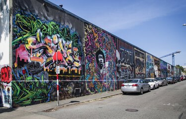 Thursday, August 13, 2020    Mural story.      Murals running down the entire length of the 13th Ave. between E. Fir Street and E. Yesler Way.    214776