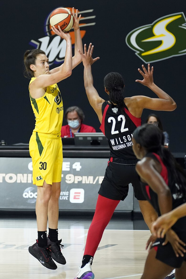 Seattle Storm forward Breanna Stewart shoots one of her 26 points. (Chris O'Meara / Associated Press)