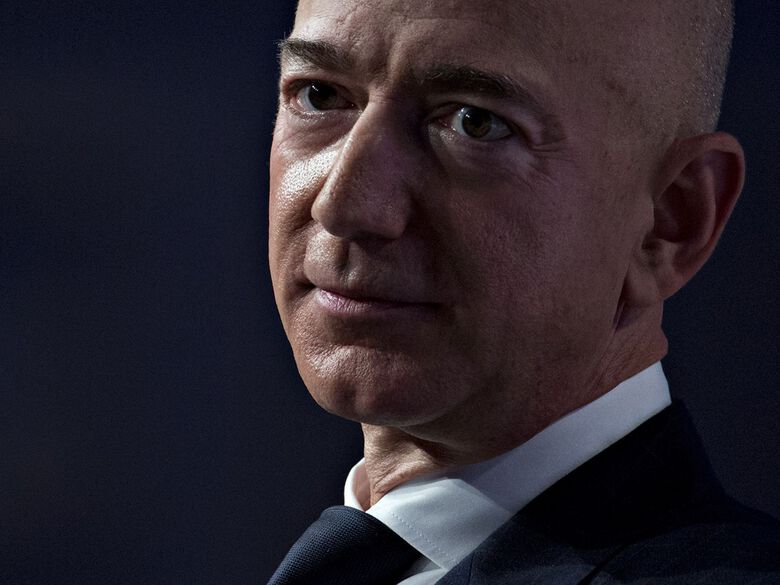 While Amazon under CEO Jeff Bezos has successfully muscled its way into just about every category of retailing, luxury has remained difficult for the e-commerce giant. (Andrew Harrer / Bloomberg)