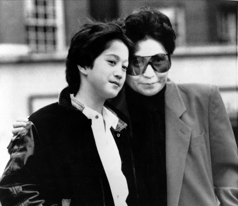 """FILE – Yoko Ono, widow of John Lennon, and their son, Sean, 10, are shown in London on March 20, 1986. An album, """"Gimme Some Truth"""" by John Lennon, will be released Friday, on what would have been his 80th birthday. (AP Photo/Richard Price, File)"""