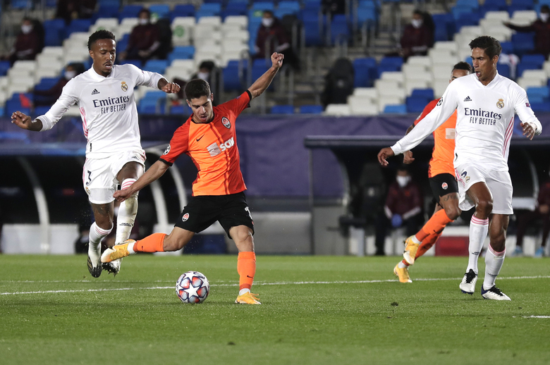 Shakhtar's Manor Solomon scores his side's third goal during the Champions League, group B soccer match between Real Madrid and Shakhtar Donetsk at Alfredo di Stefano stadium in Madrid, Spain, Wednesday, Oct. 21, 2020. (AP Photo/Manu Fernandez)