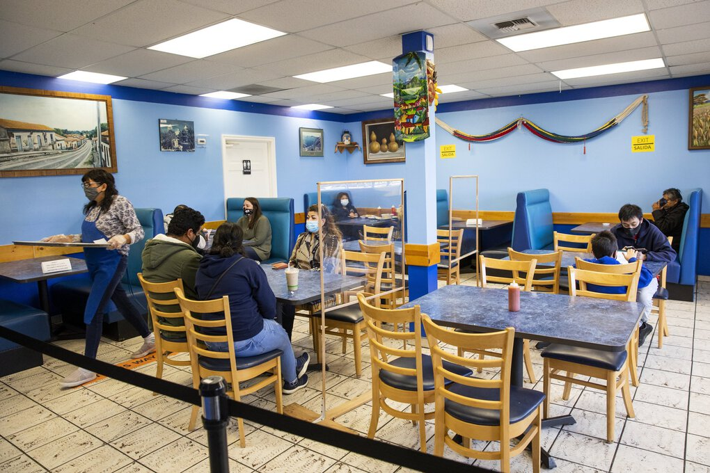 The indoor dining area of the Salvadorean Bakery and Restaurant in White Center is seen  Nov. 15. Gov. Jay Inslee ordered sweeping new restrictions on indoor dining, among other things, as the coronavirus pandemic spreads rapidly across Washington state. But the Washington Hospitality Association filed a letter to the governor on Wednesday asking that he reconsider his decision to ban indoor dining. (Bettina Hansen / The Seattle Times)