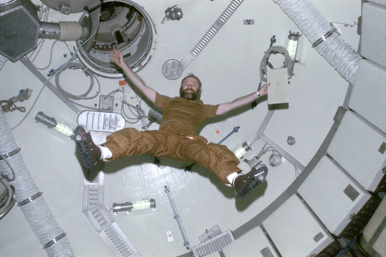 Gerald Carr, commander of the Skylab 4 mission in 1973-74, demonstrating zero gravity in the space station, which crashed back to Earth by the time the space shuttles began flying in 1981. (NASA via The New York Times)