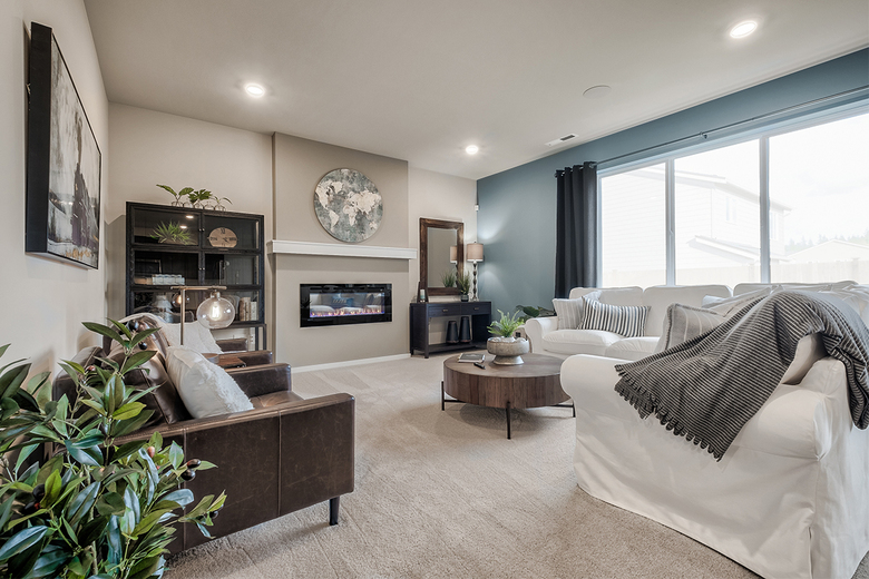 There are eight open-concept  floor plans featuring up to 3,221 square feet of living space.