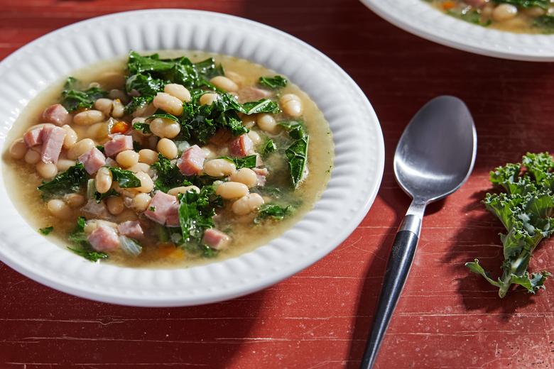 Navy Bean Soup With Ham. MUST CREDIT Photo for The Washington Post by Tom McCorkle