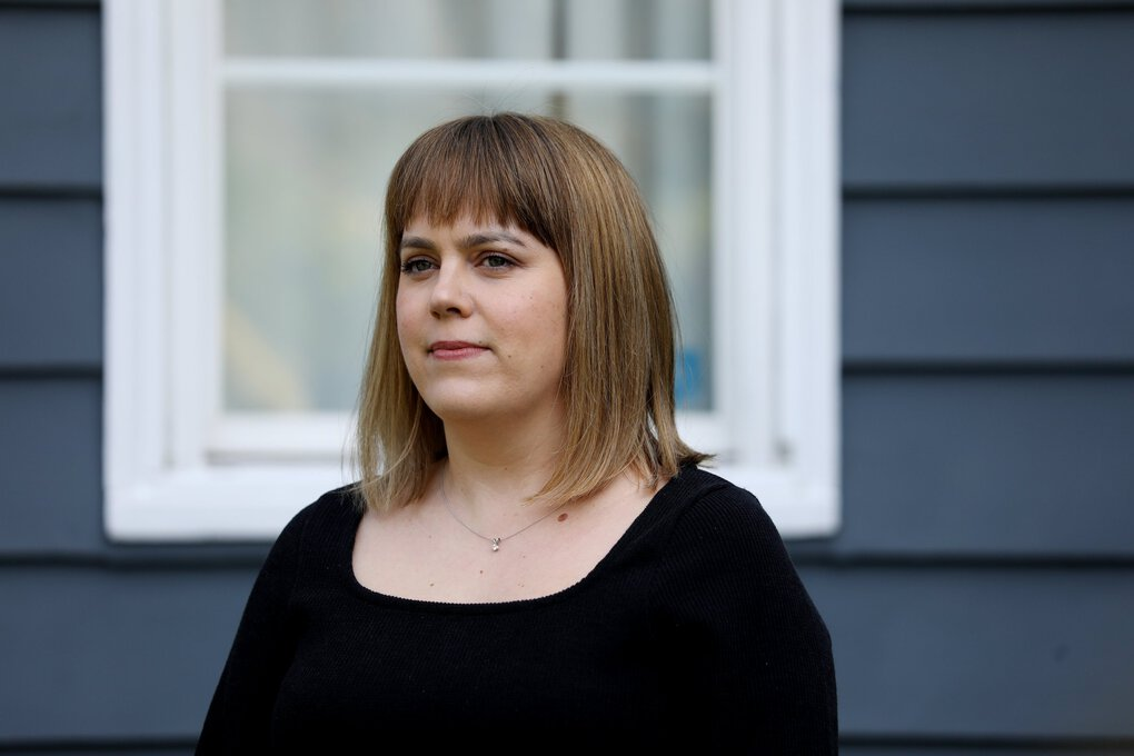 """""""I knew it was going to be hard,"""" said Lis Manning, of the homebuying process. """"But I didn't think it was going to be a monthslong process."""" (Ken Lambert / The Seattle Times)"""
