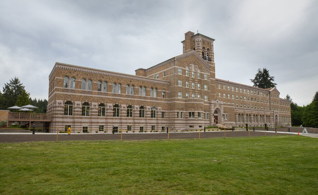 The 90,000-square-foot hotel in Kenmore is part of a 300-plus-acre state park. (Ellen M. Banner / The Seattle Times)